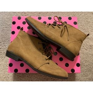 Forever21 suede shoe